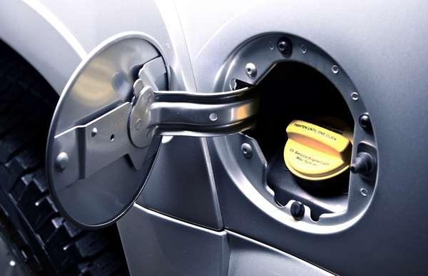 Caso o motor do seu carro não seja ajustado para ter uma taxa de compressão alta, a gasolina premium não fará diferença no desempenho