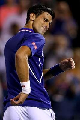 O tenista sérvio Novak Djokovic estreou bem no Masters 1000 de Montreal e venceu o alemão Florian Mayer, 50 do mundo, por 2 sets a 0