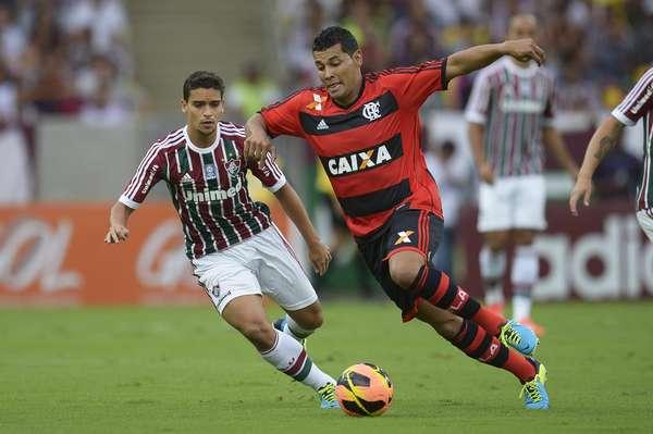 André Santos fez sua estreia com a camisa do Flamengo na tarde deste domingo, logo em um Fla-Flu
