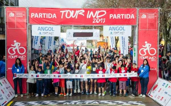 Cientos de corredores dieron vida a la jornada del Tour IND 2013 que se vivió en la ciudad de Angol.