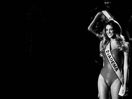 Candidata de Diadema, Bruna Michels foi eleita Miss São Paulo 2013, na noite desse sábado (17). Seu próximo desafio será representar o estado no concurso Miss Brasil 2013, marcado para o dia 28 de setembro, em Belo Horizonte. Navegue pela galeria e veja fotos em preto e branco da psicóloga de 24 anos!