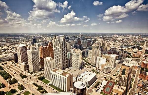 Com 701 mil habitantes, Detroit tem dívida estimada em US$ 18 bilhões, a maior bancarrota municipal da história dos Estados Unidos