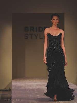 O primeiro vestido de noiva do desfile de Samuel Cirnansck no Bride Style 2013