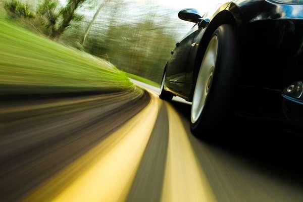Amortecedores gastos prejudicam a estabilidade do carro