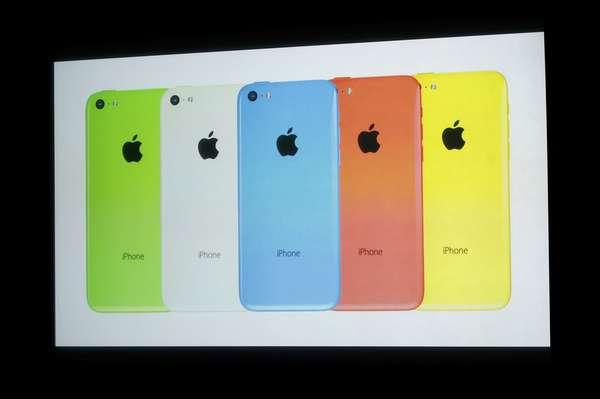 Modelo popular iPhone 5C será oferecido em cinco cores diferentes e nas versões 16GB (US$ 99) e 32 GB (US$ 199)