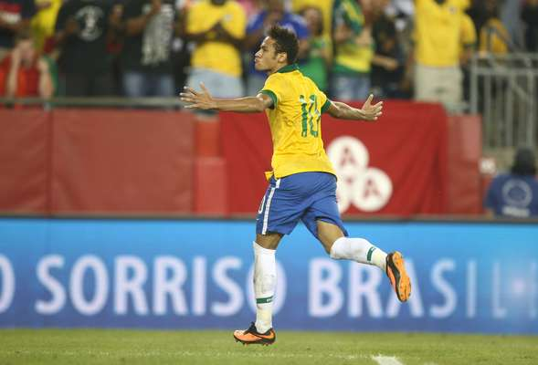 A Seleção Brasileira conseguiu mais uma vitória imponente, nesta terça-feira: com destaque para Neymar, o time de Felipão venceu Portugal por 3 a 1, de virada, em Boston, nos Estados Unidos