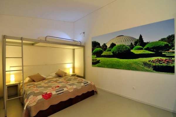 Gallery Hostel, PortoNo Porto, o Gallery Hostel se inspira no mundo das artes para decorar seus ambientes