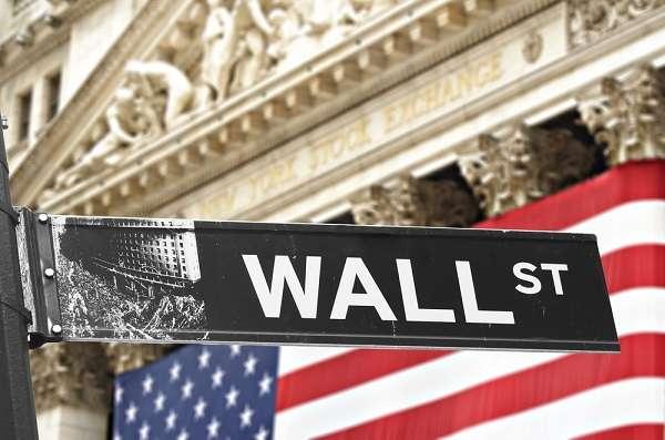 Com as bolsas americanas em alta, investimentos no exterior ficam mais atrativos