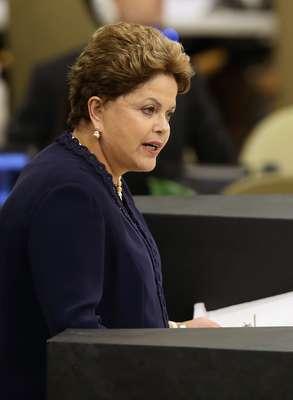 24 de setembro A presidente Dilma Rousseff faz o discurso de abertura da Assembleia Geral da ONU, em Nova York, Ela manifestou repúdio pelas ações de espionagem dos Estados Unidos ao Brasil, às quais classificou como 'um caso grave de violação dos direitos humanos e das liberdades civis'