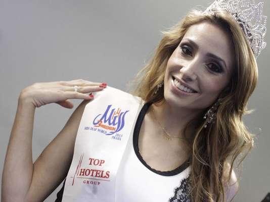 Desde julho, o Brasil ganhou mais uma Miss Mundo. Pouca gente sabe, mas a paranaense Thaisy Payo juntou-se ao grupo de Ieda Maria Vargas e Marta Vasconcellos, que foram coroadas Miss Universo em 1963 e 1968, respectivamente, quando ganhou o título de Miss Surda Mundo 2013 (Miss Deaf World 2013)