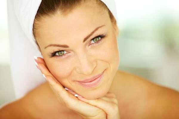 Método de depilação facial deve ser escolhido com cautela, pois a pele do rosto é sensível e pode sofrer com manchas e marcas difíceis de eliminar