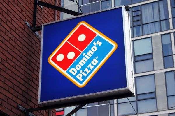 A Dominos pizza é vendida por todo o mundo. Do Japão a Paris, saiba o preço do prato em diferentes países