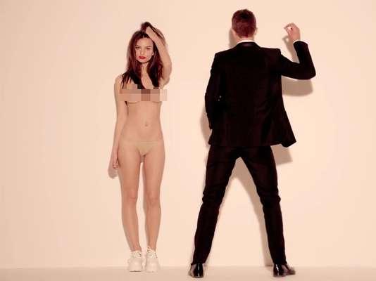 Emily Ratajkowski en el videoclip 'Blurred Lines', de Robin Thicke.
