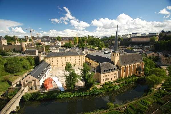 O maior salário mínimo do mundo é pago em Luxemburgo: R$ 6.095 mensais