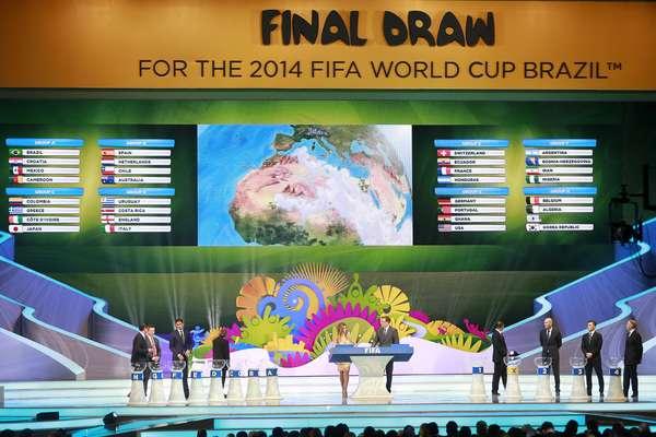 Sorteio desta sexta-feira definiu todos os grupos da Copa do Mundo de 2014; Brasil estreia contra a Croácia