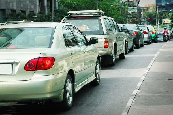 As panes elétricas são as causas mais comuns de problemas no carro. Isso acontece por conta do uso severo do veículo, como longos engarrafamentos em estrada
