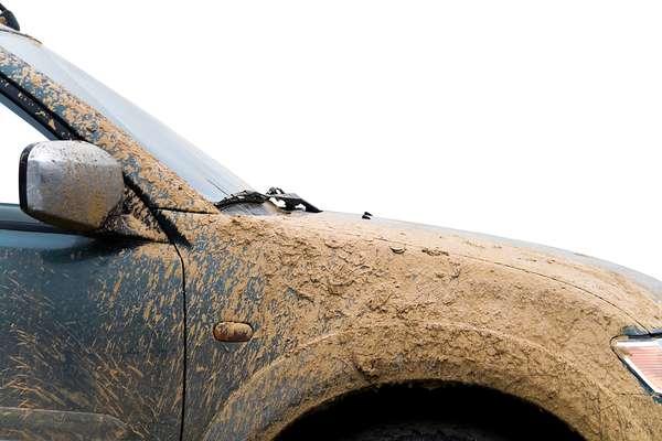 Rodar com o automóvel sujo por muito tempo pode trazer prejuízos mecânicos