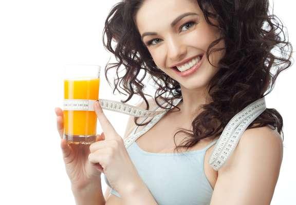 Sucos detox ajudam a chapar a barriga para o verão; aprenda
