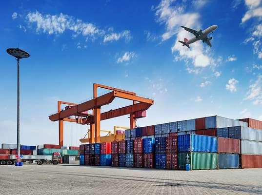 Com saldo positivo de US$15 milhões na balança comercial, o valor nas exportações do Brasil superou o das importações