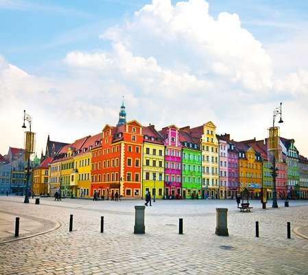 Por estar dentro da União Europeia, grande volume de comércio que a Polônia faz é com os próprios países da Europa