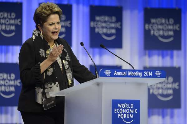 A presidente Dilma Rousseff participou pela primeira vez nesta sexta-feira do Fórum Econômico Mundial com um discurso em que ressaltou o crescimento da classe média no Brasil e o controle fiscal do governo
