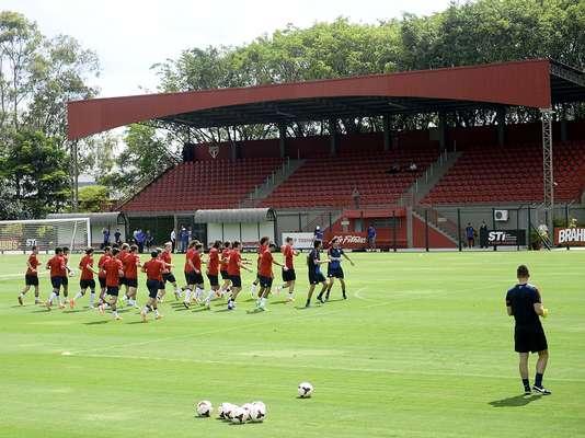 O Centro de Treinamento da Barra Funda, de posse do São Paulo, receberá os treinos da seleção dos Estados Unidos