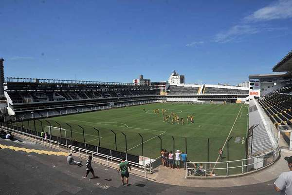 A Vila Belmiro, estádio do Santos, vai receber os treinos da Costa Rica antes da Copa do Mundo