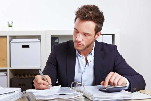 Apesar de ajudar na organização da empresa, não há obrigação de entregar ou apresentar os Relatórios Mensais de Receitas Brutas do MEI