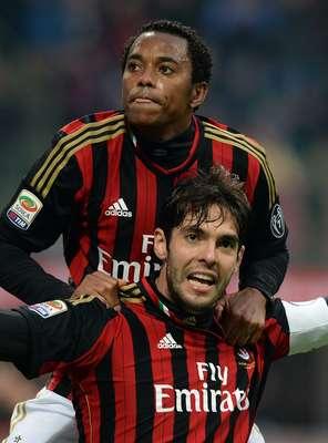 Robinho e Kaká (Milan) - Antes destaque, os dois jogadores perderam espaço com a queda no futebol nos últimos anos