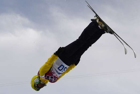 Depois do sofrimento que viveu ao longo das últimas semanas por conta do acidente sofrido pela colega Lais Souza, Josi Santos conseguiu competir bem em Sochi e terminou na 22ª colocação na prova de esqui estilo livre