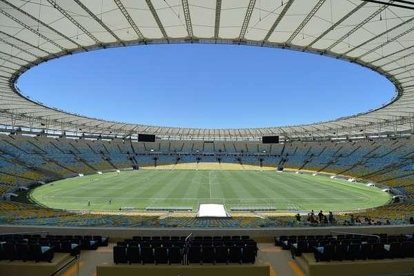 Palco da final da Copa do Mundo, o Maracanã já voltou ao cotidiano do futebol carioca
