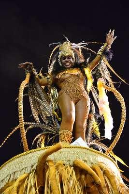 Sem ganhar o Carnaval há 29 anos, a Portela entrou na Sapucaí aos gritos de é campeã. A escola cantou o enredo Um Rio de Mar a Mar: do Valongo à Glória de São Sebastião para falar sobre a Avenida Rio Branco e homenagear o povo carioca