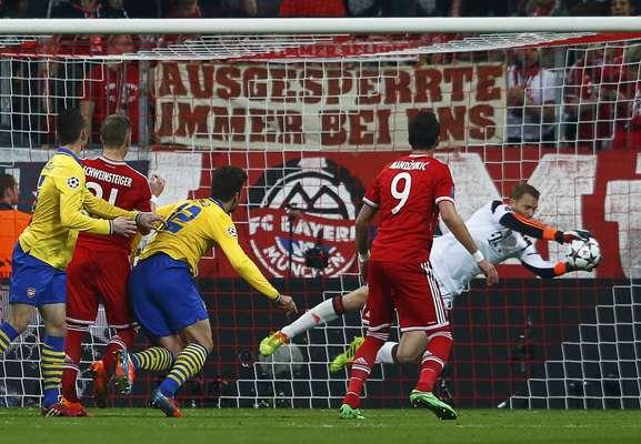 Neuer brecou qualquer chance de reação do Arsenal com boas defesas para o Bayern de Munique