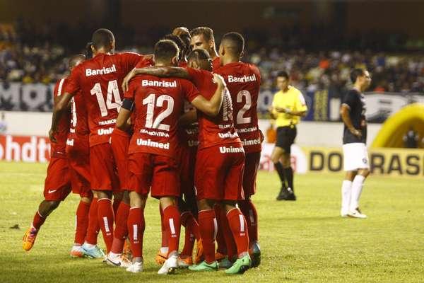 O Internacional deu show no Estádio do Mangueirão na noite de quarta-feira: venceu o Remo por 6 a 1 e eliminou o jogo de volta na primeira fase da Copa do Brasil