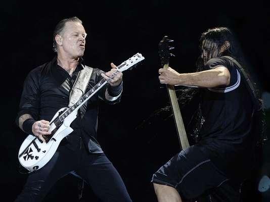 Metallica fez show no Estádio do Morumbi neste sábado (22), em São Paulo, com canções escolhidas por fãs