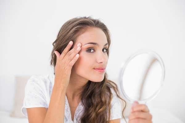 Ao contrário do que muita gente imagina, a pele não é mais classificada naqueles quatro tipos tradicionais - oleosa, seca, mista e sensível. Com inúmeras características, ela pode ser dividida agora em até 16 categorias