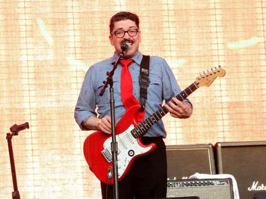 Los Esquizitos fue una de las bandas que inició el primer día del Vive Latino.