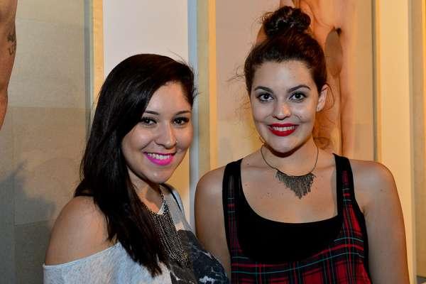 Mariana Braga de Azevedo, 18 anos, estudante, e Anna Carolina Braga de Azevedo, 18 anos, estudante de moda