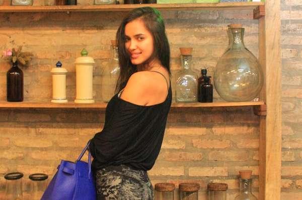 Os tratamentos de multivitaminas, bordado e orgânico devolveram o volume, o brilho e o corpo ao cabelo da modelo Irina Shayk