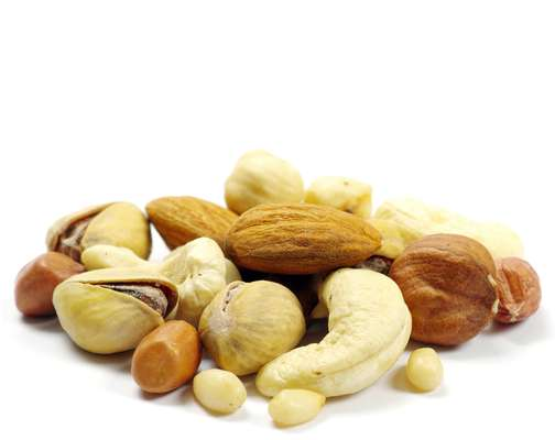 Nozes, avelãs, amêndoas, castanhas (de caju e do Brasil), macadâmias, pistaches, entre outras, fazem parte do grupo de alimentos conhecidos como oleaginosas