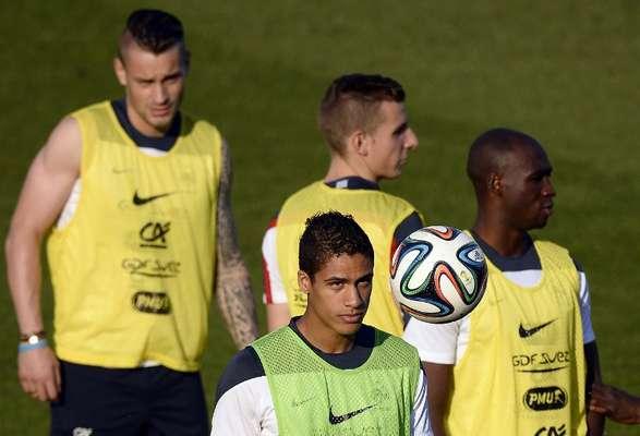 A seleção da França treinou na tarde desta quarta-feira no estádio Santa Cruz, em Ribeirão Preto