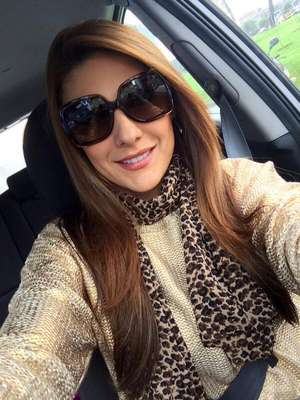 Uno de los videos íntimos más impactantes de famosas colombianas fue protagonizado por Ana Karina Soto. A la presentadora de RCN le filtraron una cinta en la que aparecía teniendo relaciones sexuales. A pesar del escándalo, siguió conduciendo la sección de entretenimiento del canal.