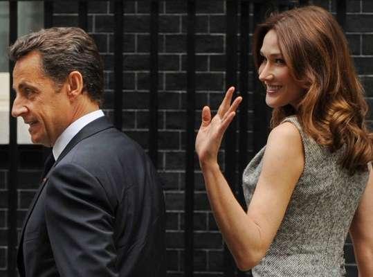 O ex-presidente da França Nicolás Sarkozy foi detido pela polícia nesta terça-feira, perto de Paris, para ser submetido a um interrogatório por um caso relacionado a tráfico de influência e violação do sigilo da investigação. A detenção de Sarkozy é uma medida inédita para um ex-chefe de Estado francês. Veja a seguir outras polêmicas envolvendo o ex-presidente: