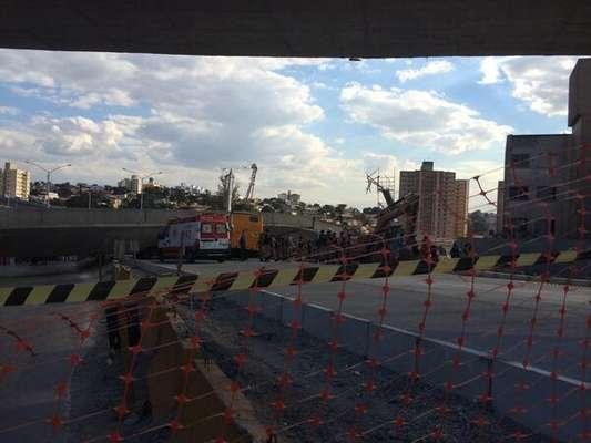 Viaduto que faz parte das obras de duplicação da avenida Dom Pedro I para instalação do BRT