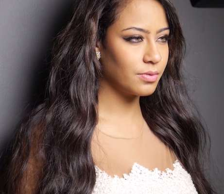 Rafaella Santos, irmã de Neymar, posou para campanha da Elleven Wear, grife da família
