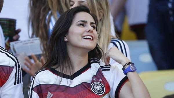 Argentinas e alemãs ajudaram a embelezar ainda mais a festa no Maracanã, palco da final da Copa do Mundo que acabou com vitória da equipe europeia por 1 a 0