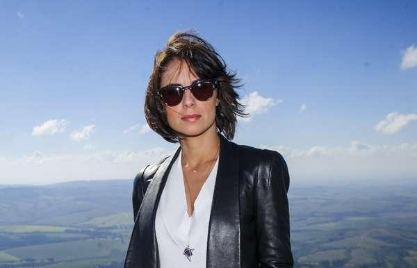 Andreia Horta adotou Chanel Repicado para interpretar Maria Clara