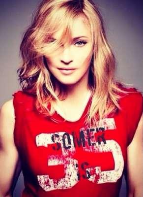 Cantora, atriz, produtora e empresária, Madonna, 55 anos, se estabeleceu como um ícone do pop. Mas além dos mais de 300 milhões de discos vendidos, Madonna tambémse destaca quando o assunto é filantropia