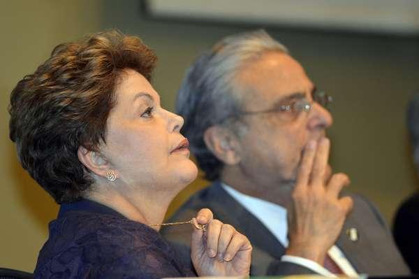 Brasília (DF), 30 de julho: Dilma Rousseff participa de diálogo da Indústria com candidatos à Presidência da República