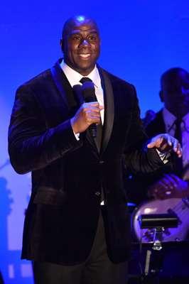 Em 1991, o ex-jogador de basquete Magic Johnson declarou que havia contraído HIV, o vírus causador da Aids. Mais de 20 anos depois, o americano, hoje com 55 anos, está vivo e se tornou porta-voz da prevenção contra a doença